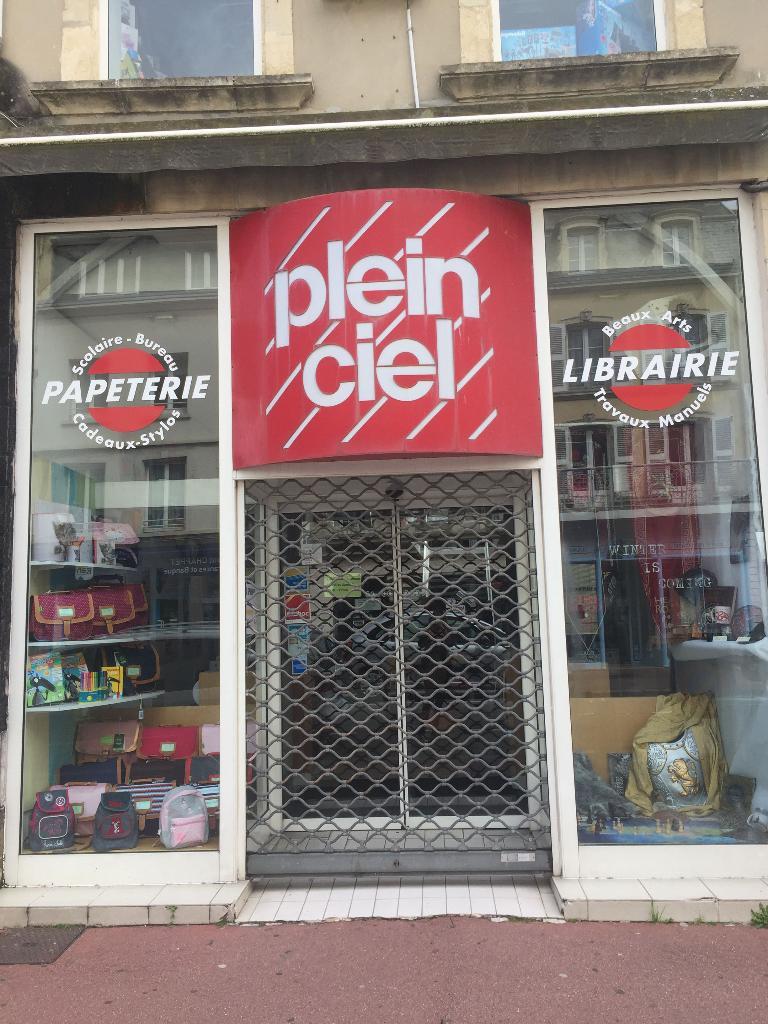 Plein ciel ets joret wadoux librairie 33 rue albert for Papeterie plein ciel