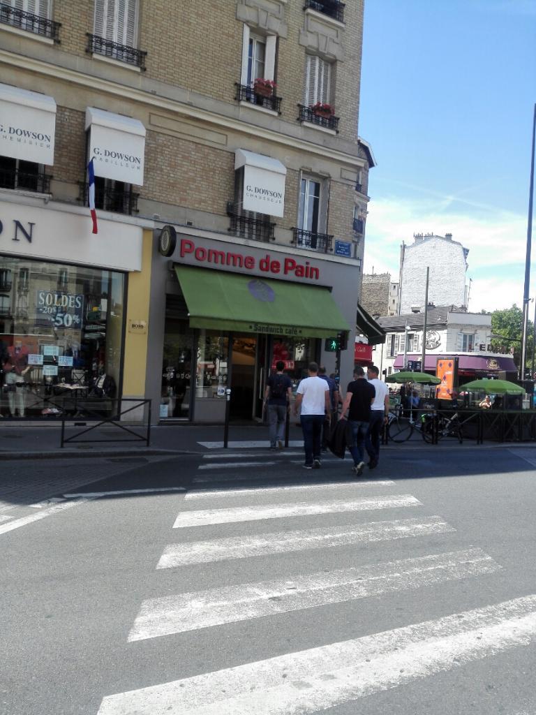 Pomme de pain boulogne restaurant 93 boulevard for Piscine de boulogne billancourt horaires