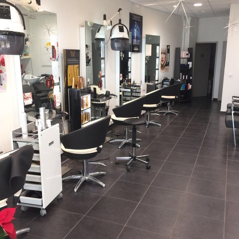 Prestige Coiffure - Coiffeur centre commercial Le Cygne 10600 La Chapelle-saint-luc - Adresse ...