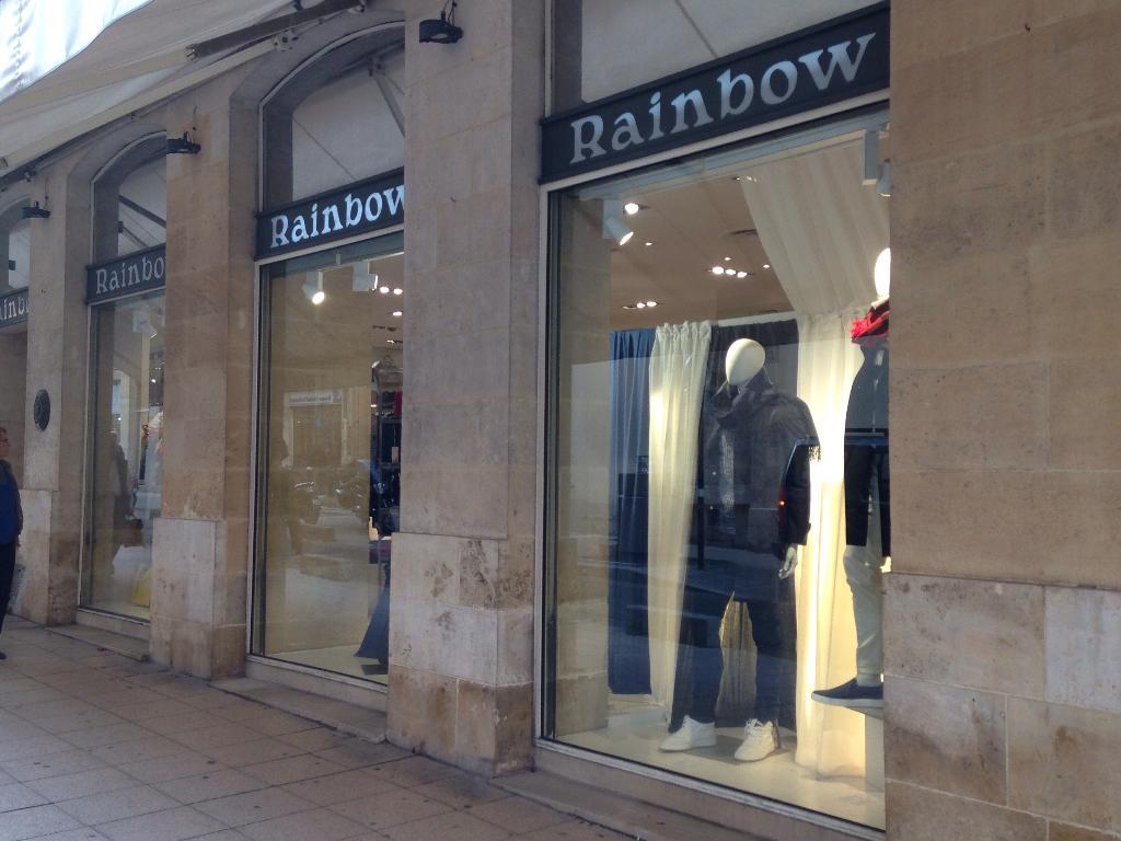 rainbow chaussures 30 all es de tourny 33000 bordeaux adresse horaire. Black Bedroom Furniture Sets. Home Design Ideas