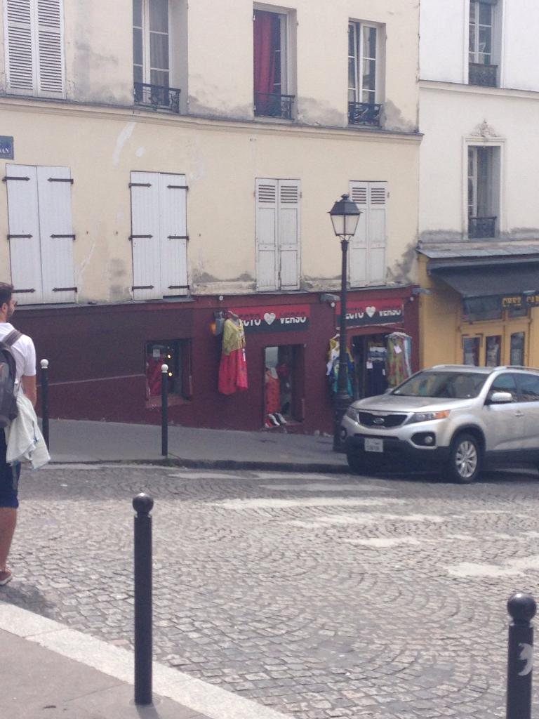 RECTO-VERSO - Vêtements femme, 10 rue Ravignan 75018 Paris - Adresse ...