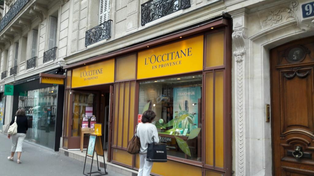 Relais l 39 occitane parfumerie 93 rue de rennes 75006 for Blue garage rue de rennes