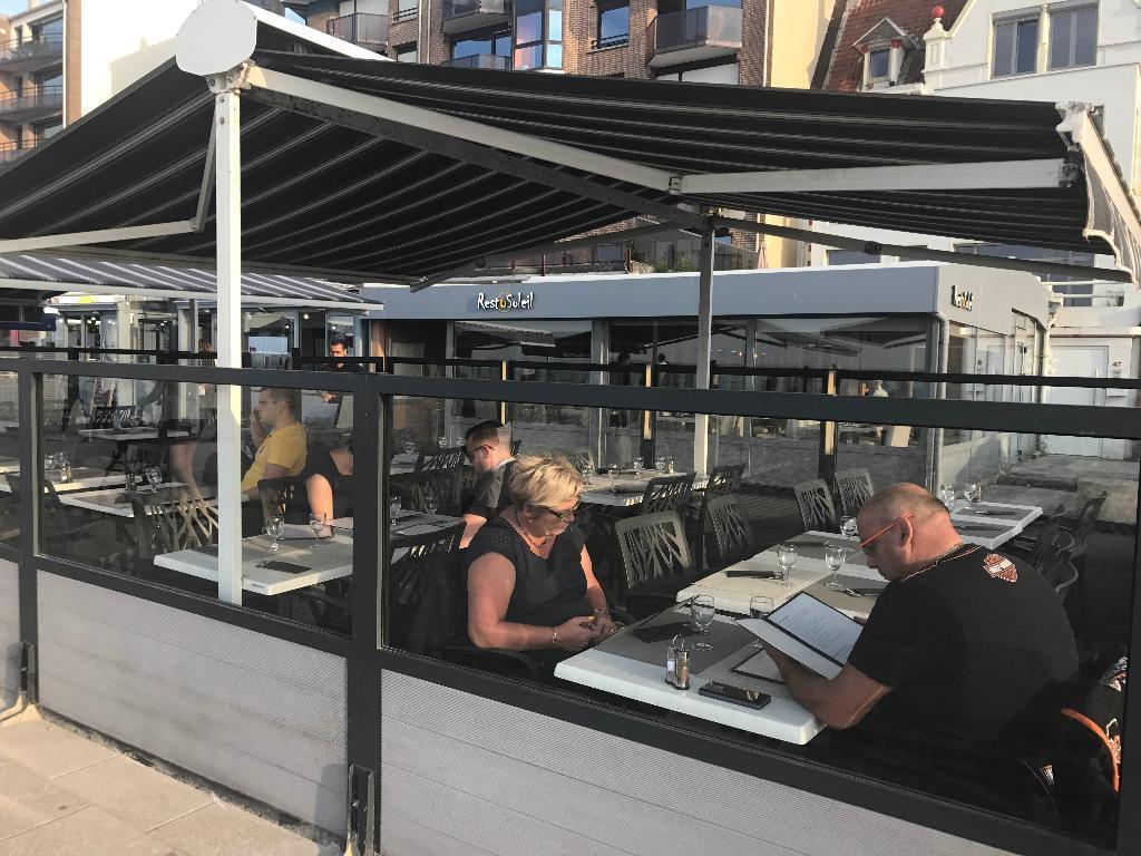 rest 39 o soleil restaurant 47 digue de mer 59140. Black Bedroom Furniture Sets. Home Design Ideas
