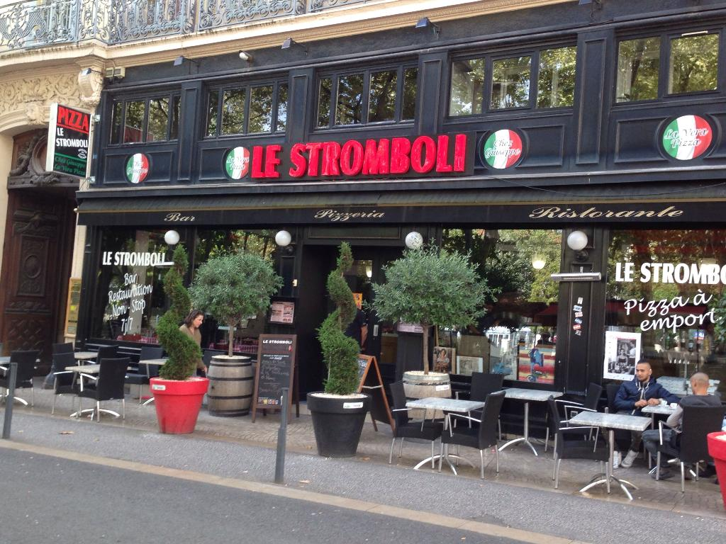 pizzeria le stromboli restaurant 5 place jean jaur s 42000 saint tienne adresse horaire. Black Bedroom Furniture Sets. Home Design Ideas