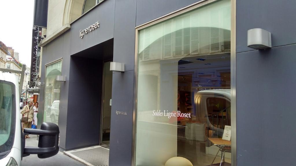 ligne roset, 85 r bac, 75007 paris - magasin de meubles (adresse)