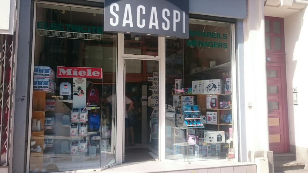 Sacaspi lectrom nager 74 rue baudri re 49000 angers for Horaire castorama angers