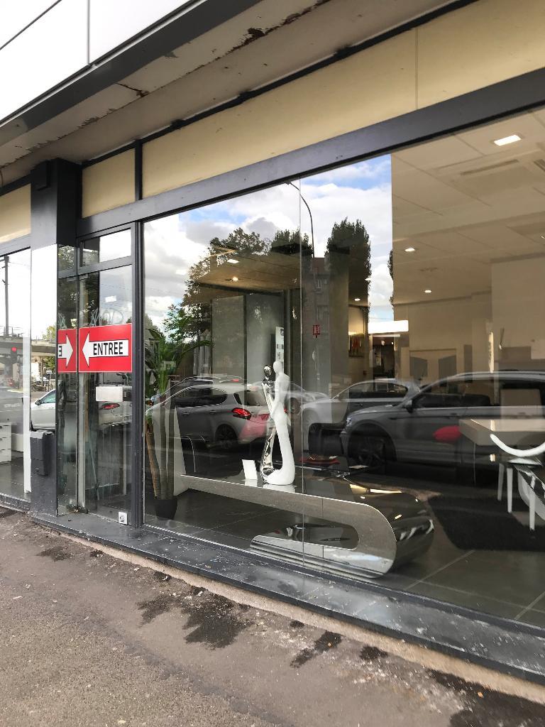 salon center magasin de meubles 270 avenue aristide briand 93320 les pavillons sous bois. Black Bedroom Furniture Sets. Home Design Ideas