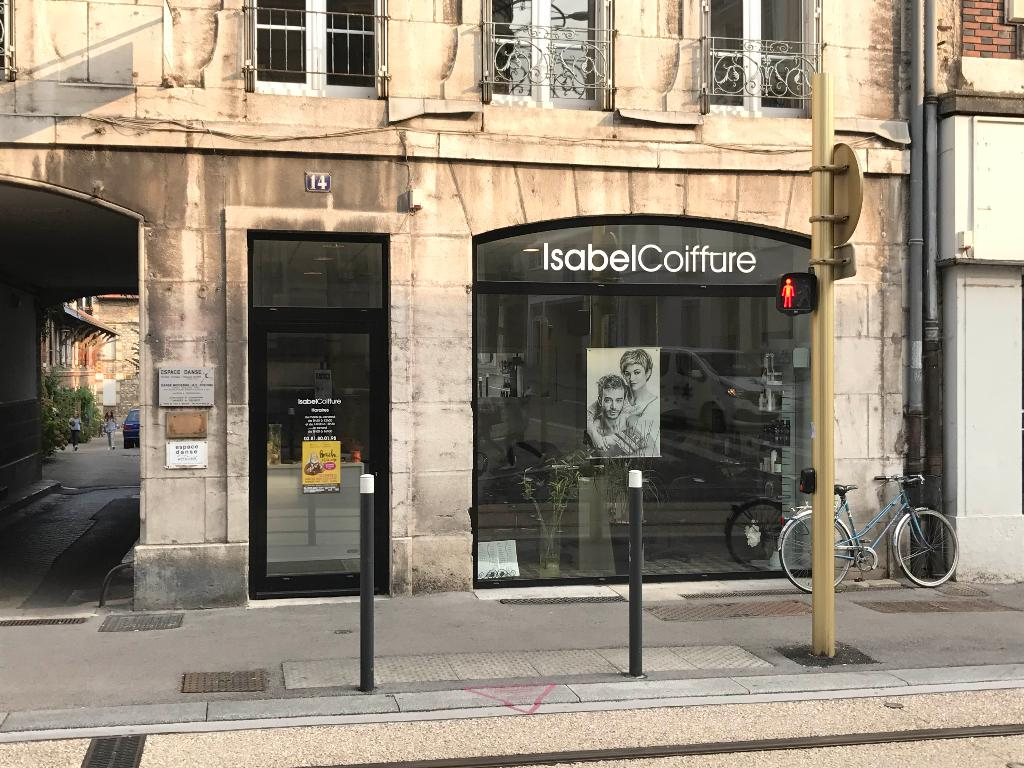 Salon de coiffure isabel 39 coiffeur 14 avenue fontaine for Salon de the besancon