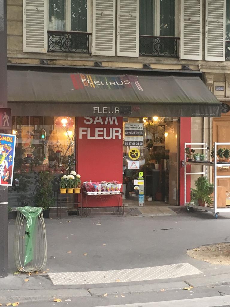 Sam fleurs fleuriste 136 boulevard malesherbes 75017 for Adresse fleuriste