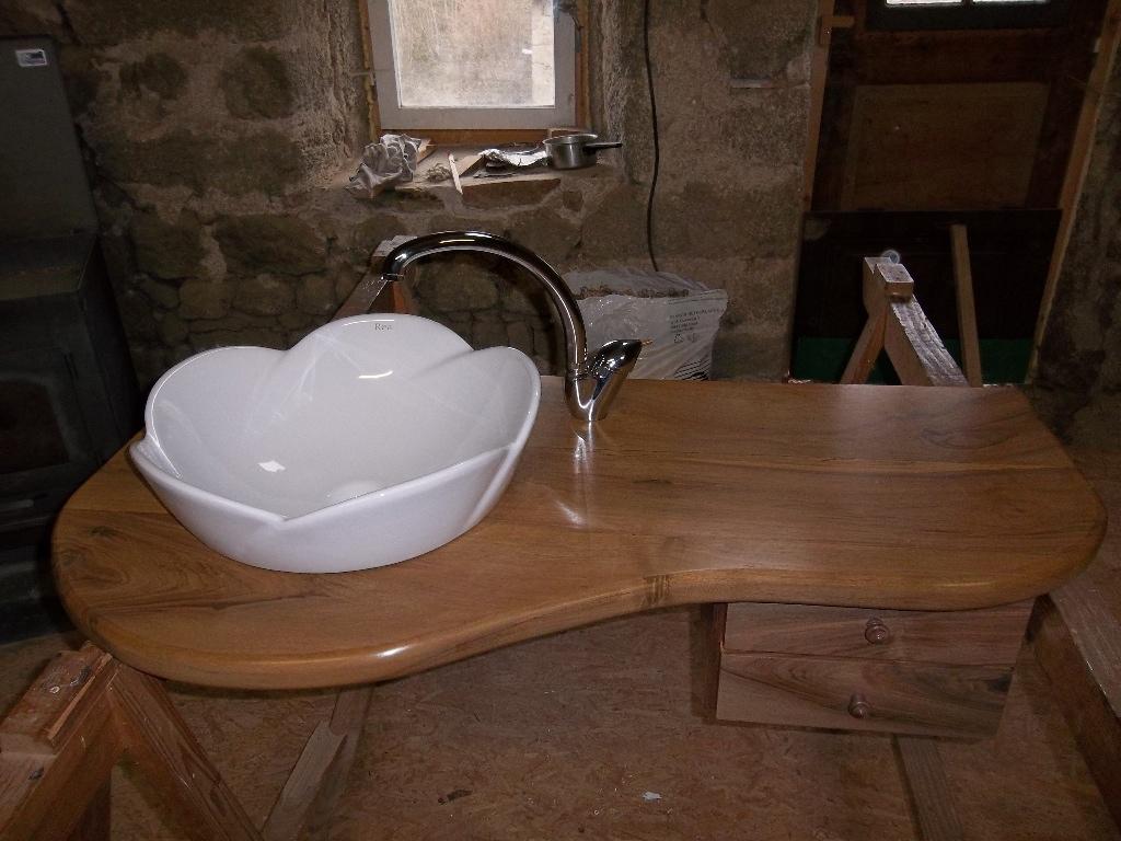 restauration de meubles loire 42 trouvez un. Black Bedroom Furniture Sets. Home Design Ideas