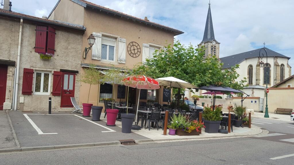 Le p tit fléville restaurant place monument fléville