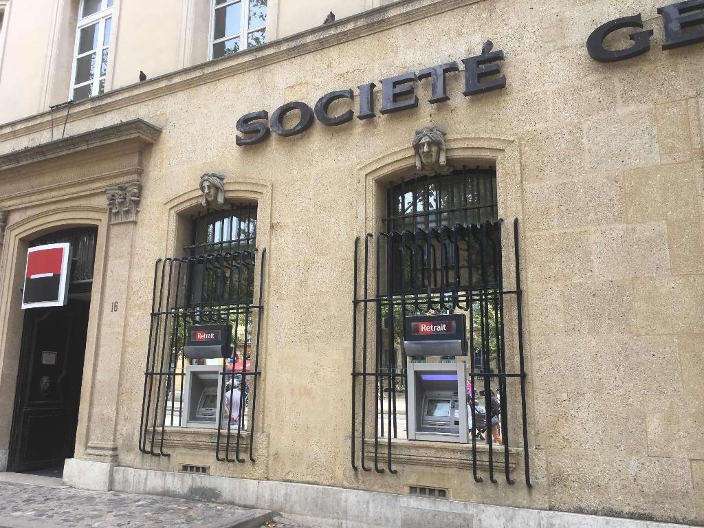 Societe Generale Banque 16 Cours Mirabeau 13080 Aix En Provence