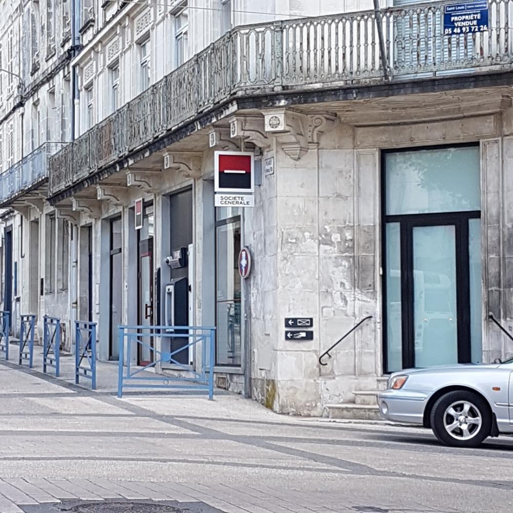 Societe Generale Banque 44 Cours National 17100 Saintes Adresse
