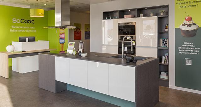socoo 39 c st orens vente et installation de cuisines. Black Bedroom Furniture Sets. Home Design Ideas