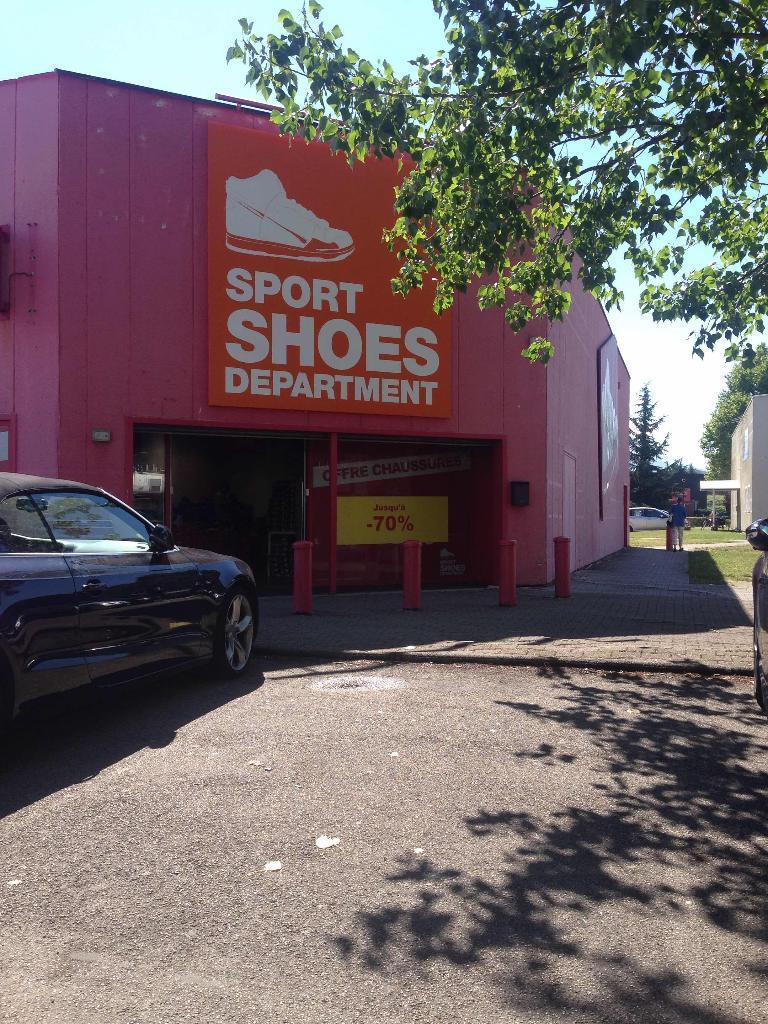 Place Grande Magasin Department Sport 5 De Sport Shoes 0qHwnY