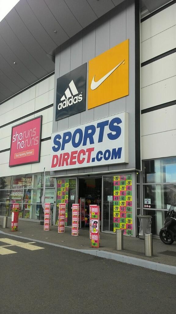 sports direct magasin de sport 4 rue des petits champs. Black Bedroom Furniture Sets. Home Design Ideas