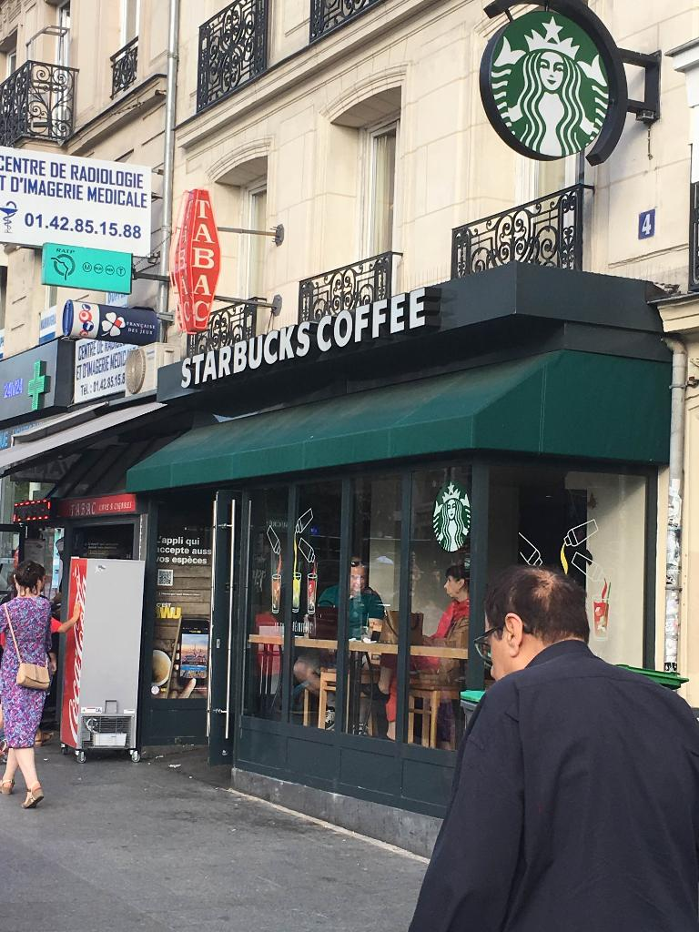 starbucks coffee restaurant 4 place clichy 75009 paris adresse horaire. Black Bedroom Furniture Sets. Home Design Ideas