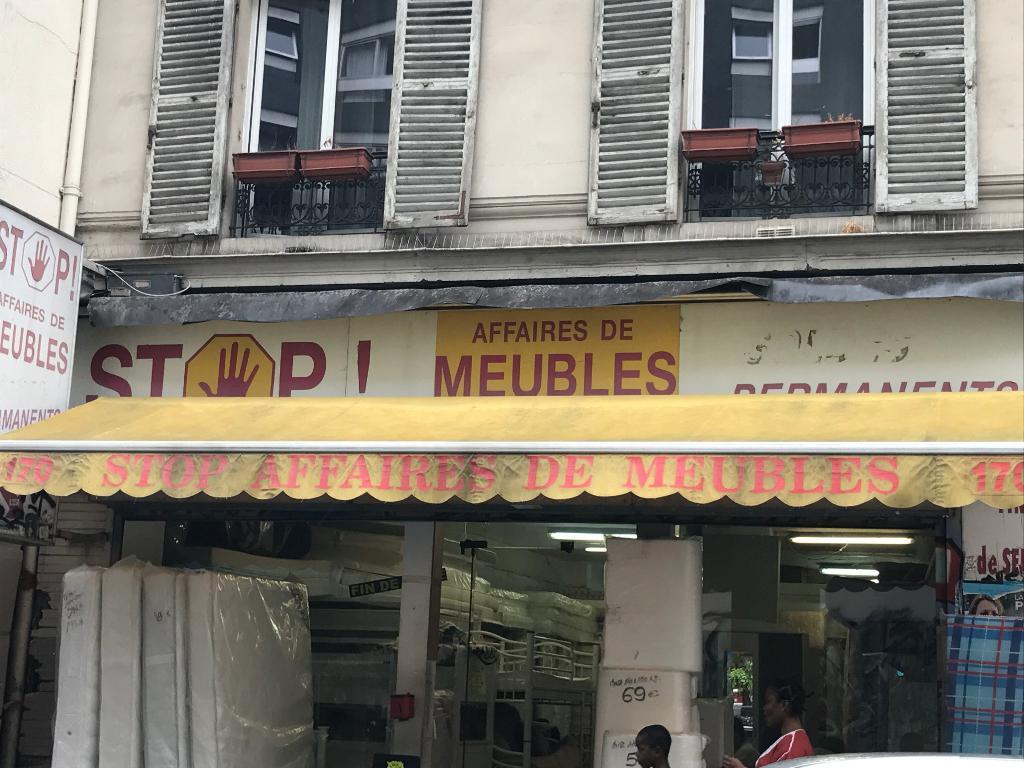 Stop affaires meubles magasin de meubles 170 rue saint maur 75011 paris adresse horaire - Meubles faubourg saint antoine ...