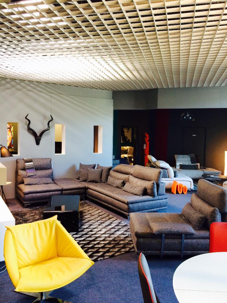 story magasin de meubles 23 avenue jean mermoz 89000 auxerre adresse horaire. Black Bedroom Furniture Sets. Home Design Ideas