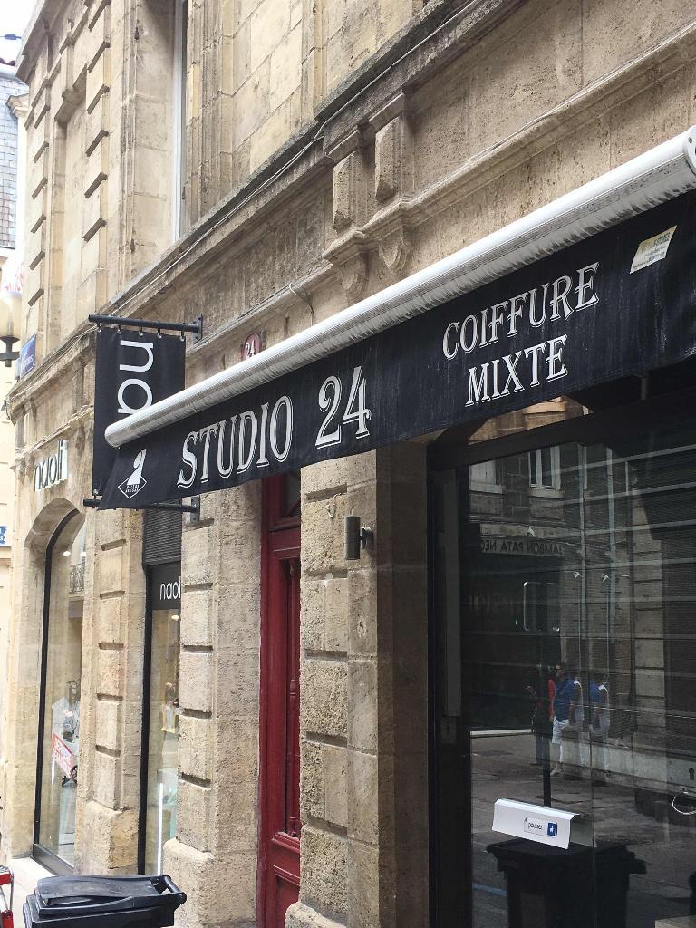 studio 24 coiffeur 24 rue de cheverus 33000 bordeaux adresse horaire. Black Bedroom Furniture Sets. Home Design Ideas