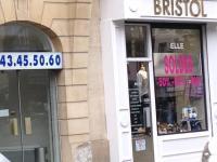 b9858c35df The North Face Bristol Revendeur Paris - Magasins de vêtement ...