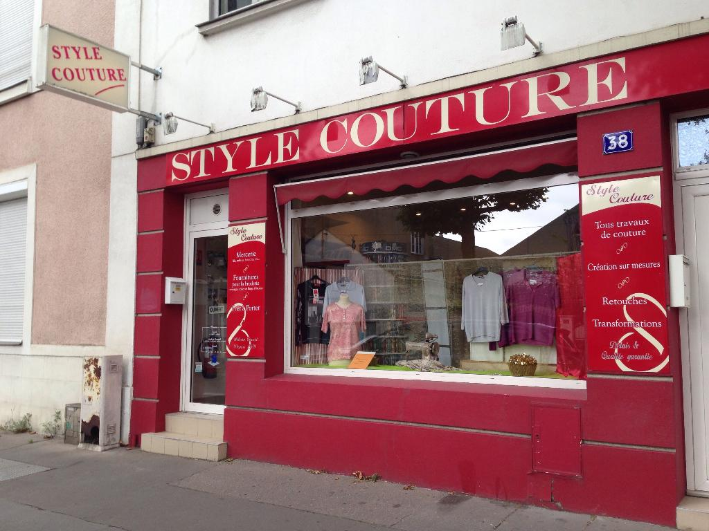 Style couture couture et retouches 38 rue du g n ral for Couture a nantes