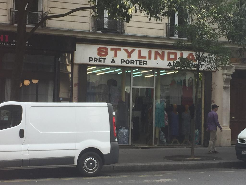 Stylindia v tements femme 94 avenue parmentier 75011 for Garage oberkampf parking
