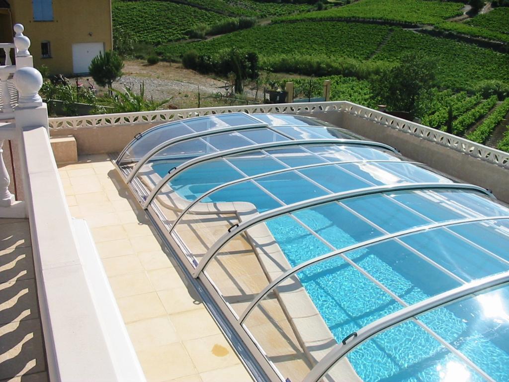 aquacomet lyon abris pour piscines 33 route givors 69360 ternay adresse horaire. Black Bedroom Furniture Sets. Home Design Ideas