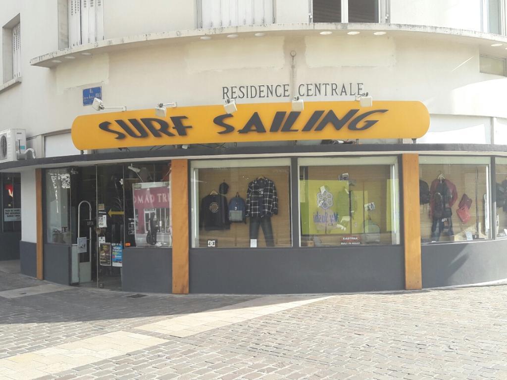 18000 Surf Vêtements Sailing Avaricum Sportswear Cours Bourges 4 1YHOw
