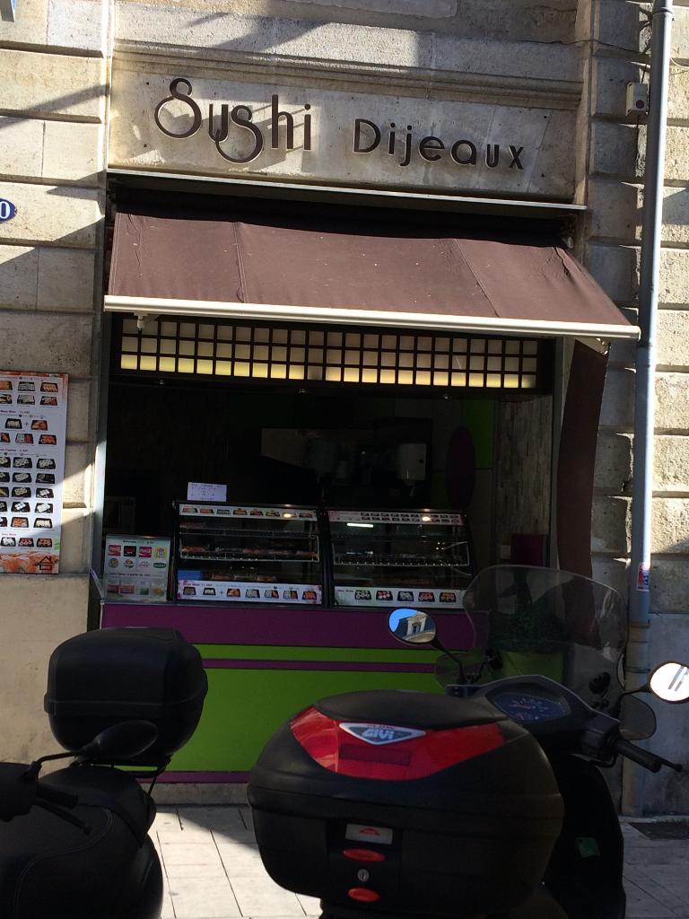 Sushi Dijeaux Restaurant 90 Rue Porte Dijeaux 33000 Bordeaux