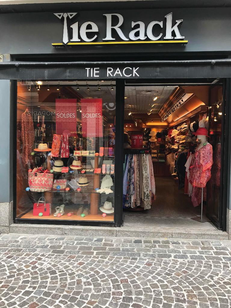 Tie Rack France - Accessoires de mode, 32 rue Gros Horloge 76000 ...
