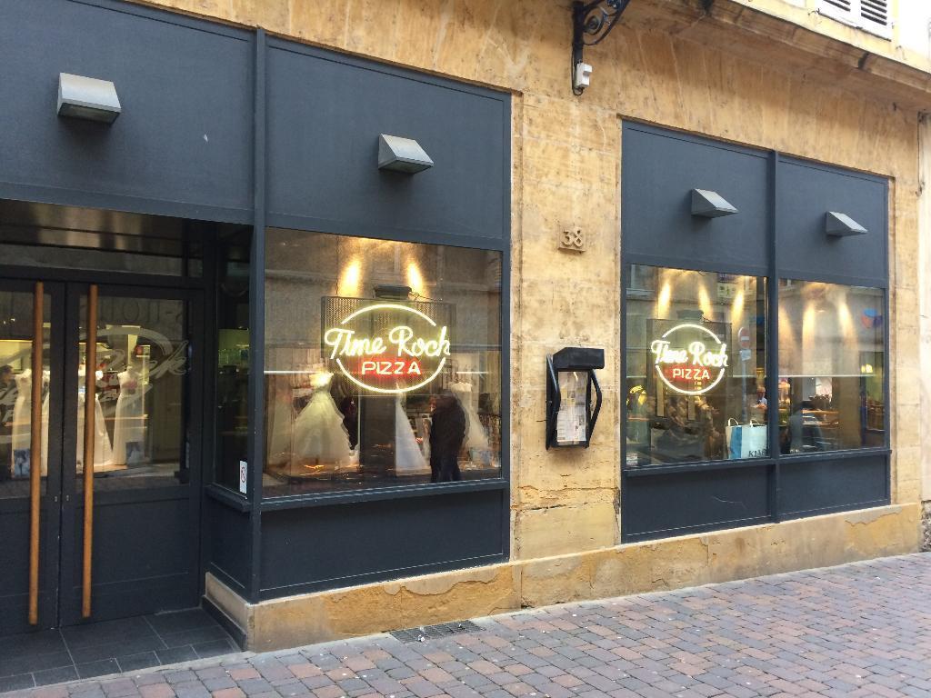 Time rock pizza restaurant 38 rue t te d 39 or 57000 metz adresse horaire - Restaurants place de chambre metz ...