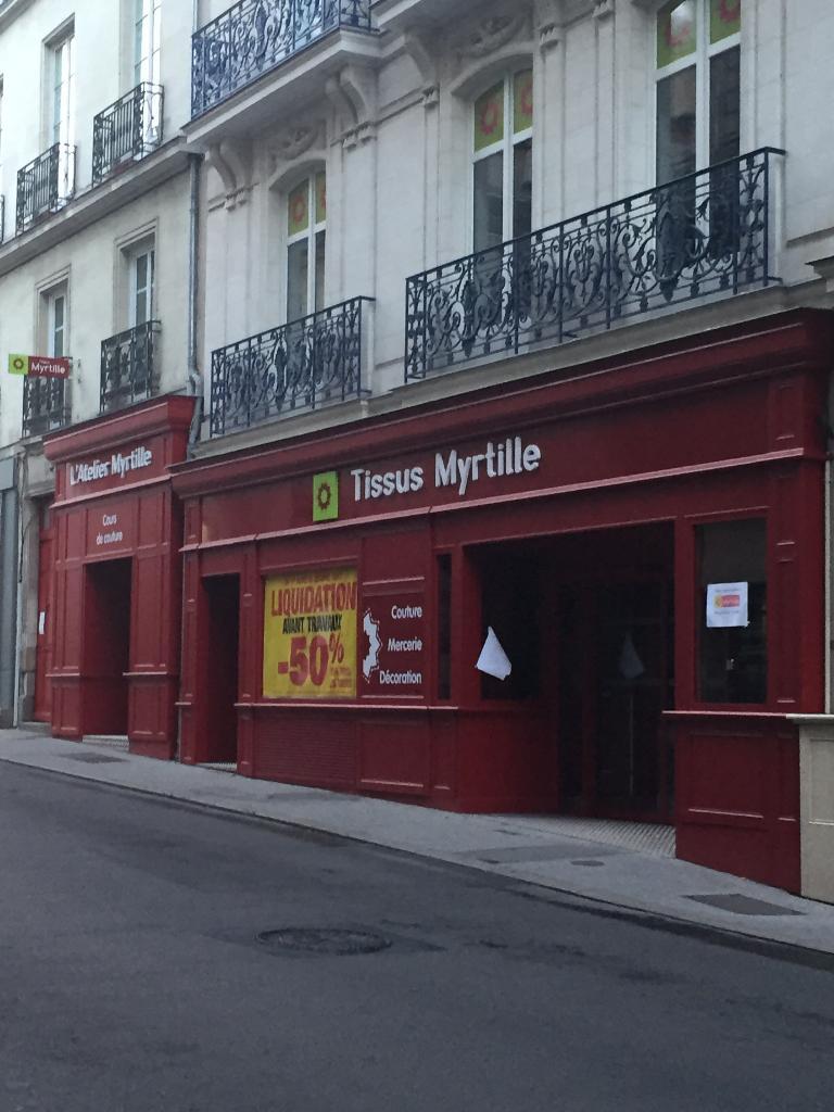 Tissus myrtille tissus au m tre 30 rue du calvaire 44000 nantes adresse horaire - Tissu ameublement nantes ...