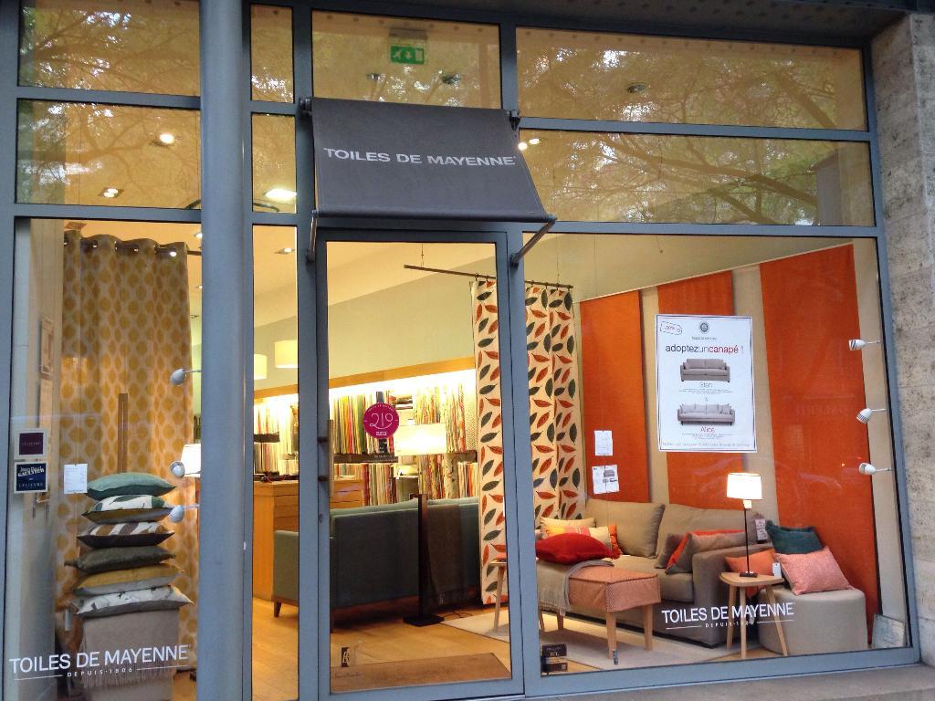 toiles de mayenne tissus au m tre 59 cours georges clemenceau 33000 bordeaux adresse horaire. Black Bedroom Furniture Sets. Home Design Ideas