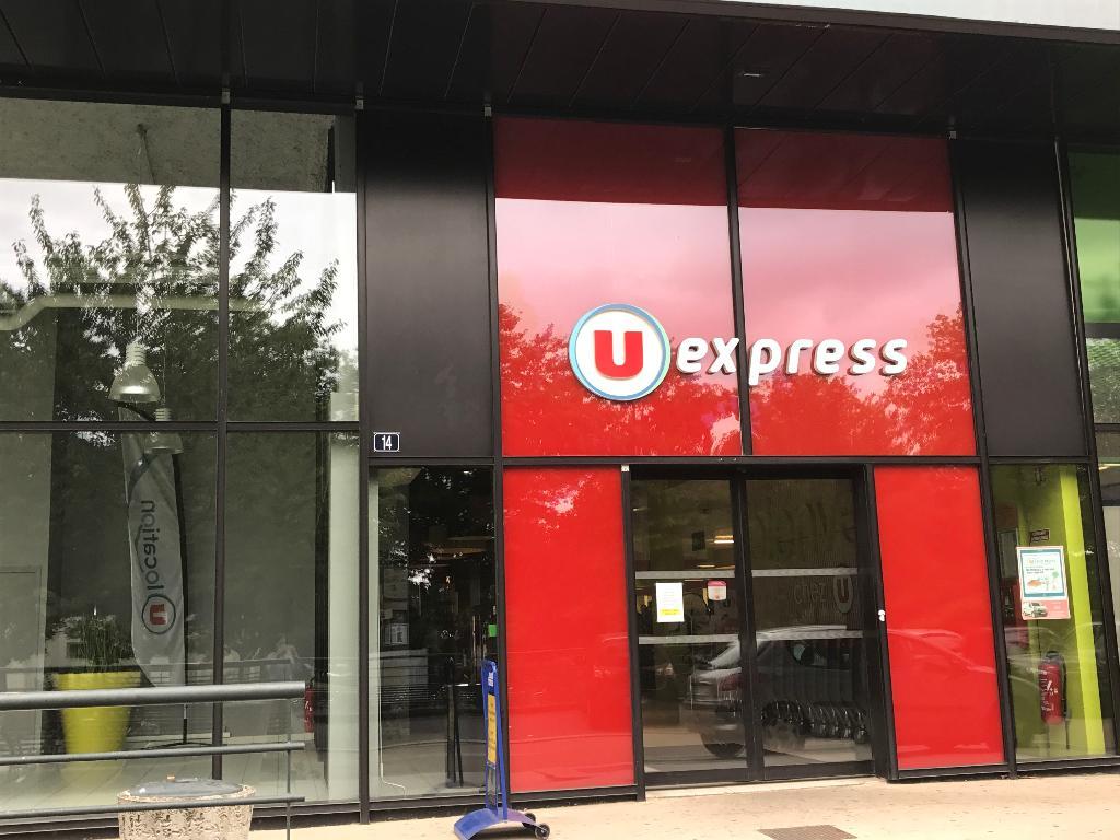 U express supermarch hypermarch 14 avenue cucille 35000 rennes adresse horaire - Supermarche ouvert dimanche rennes ...