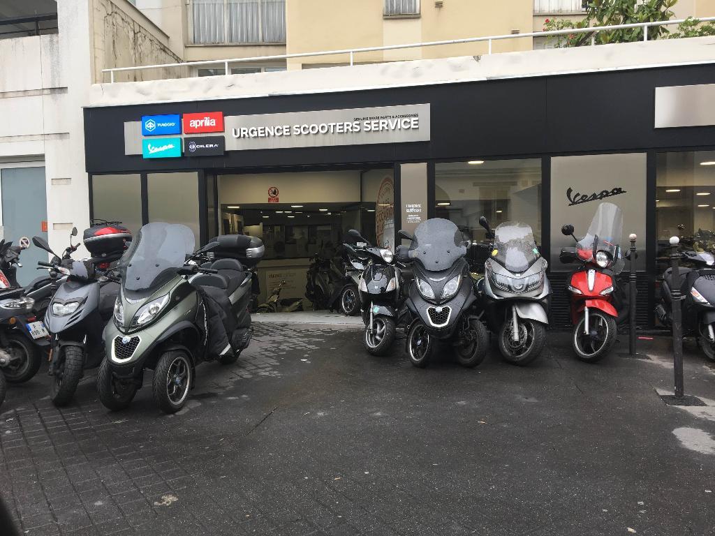 urgence scooters 16 me agent concessionnaire motos et scooters 28 rue claude terrasse 75016. Black Bedroom Furniture Sets. Home Design Ideas