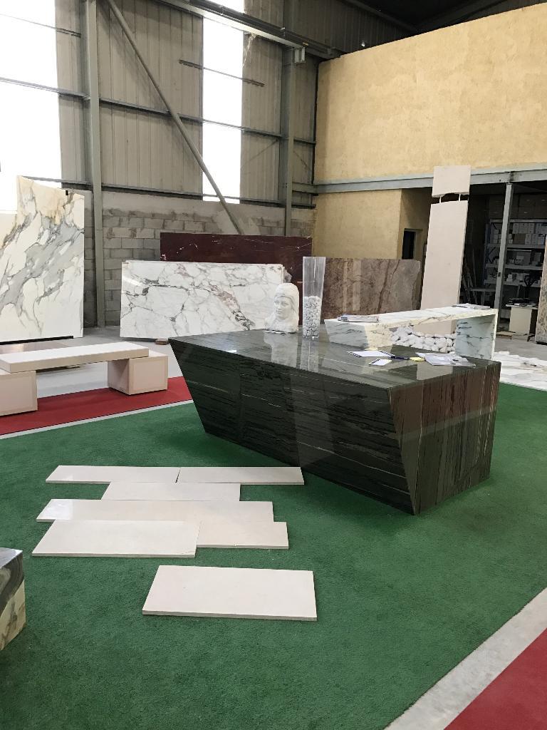 Valgra sud marbres granits et pierres naturelles 631 for Mattout carrelage aubagne