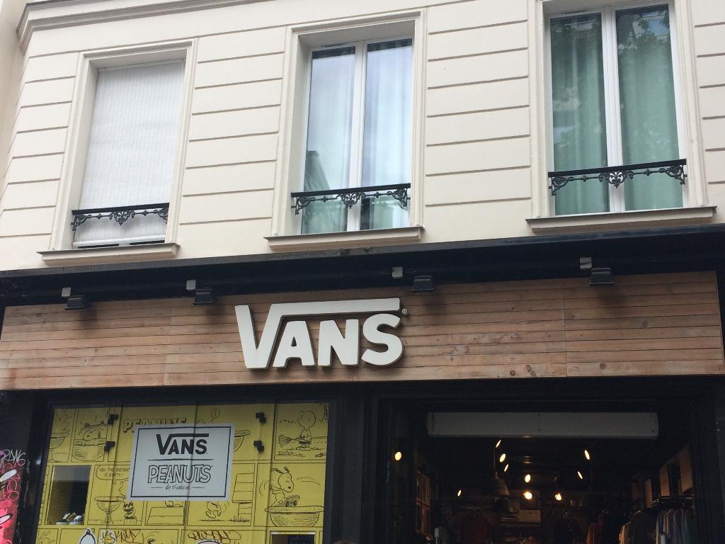vans magasin a paris
