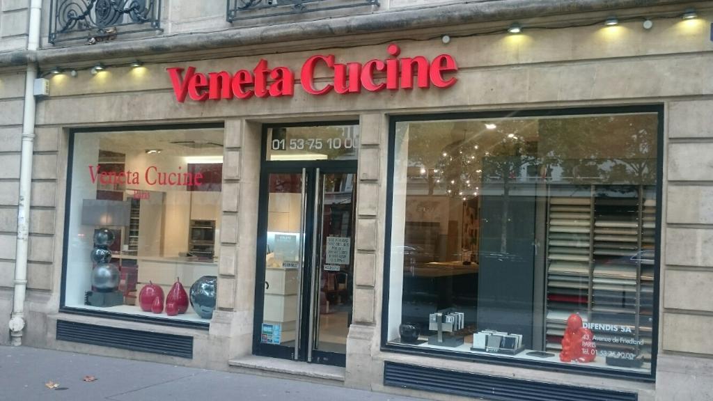 Veneta Cucine Paris - Vente de carrelages et dallages, 43 avenue ...