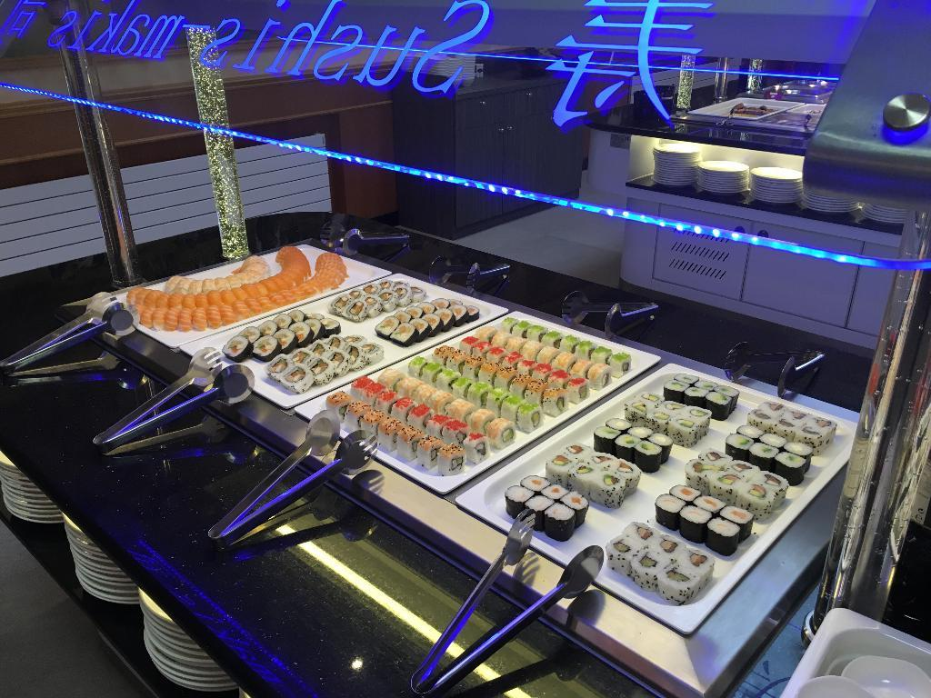 Restaurant Place Nadi Romans
