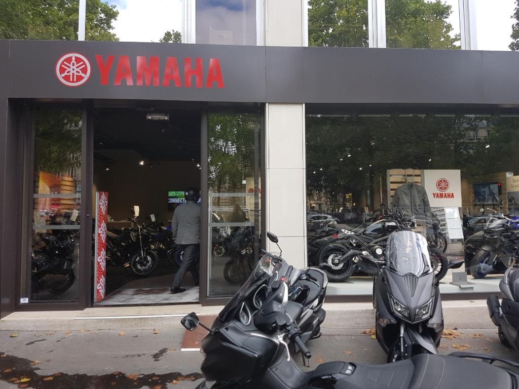 yamaha patrick pons agent concessionnaire motos et scooters 43 avenue de la grande arm e. Black Bedroom Furniture Sets. Home Design Ideas