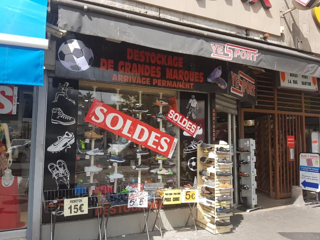 yesport magasin de sport 36 avenue de fontainebleau 94270 le kremlin bic tre adresse horaire. Black Bedroom Furniture Sets. Home Design Ideas